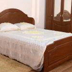 Двухспальная кровать с ортопедическти основанием 1600-2000мм, которое комплектуется отдельно Размеры 2040-1900-11200мм Цена 7600руб